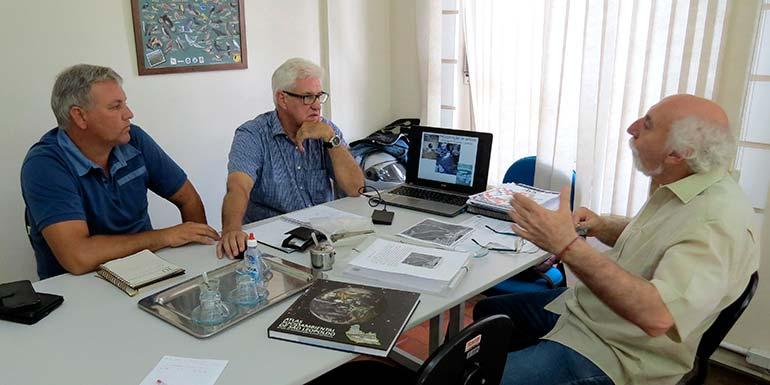 Semmam Projeto Socioambiental - Semmam discute projeto de revitalização do antigo leito do Arroio Kruse