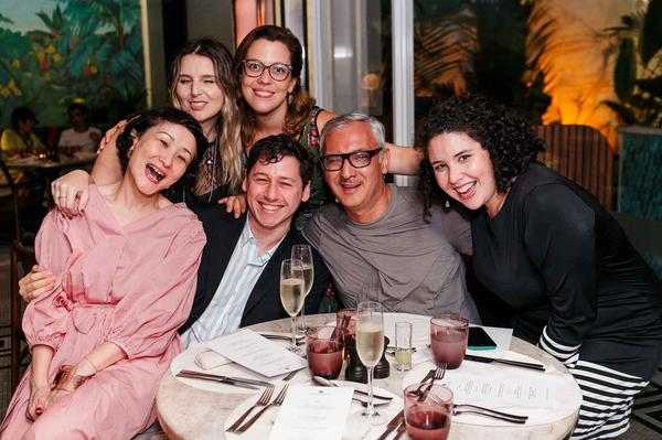 akiko i.  carol p.   vivian p.  rosario m.  marco c.  ana carolina v web  - Sinesia Karol oferece Fashion Dinner Celebrate