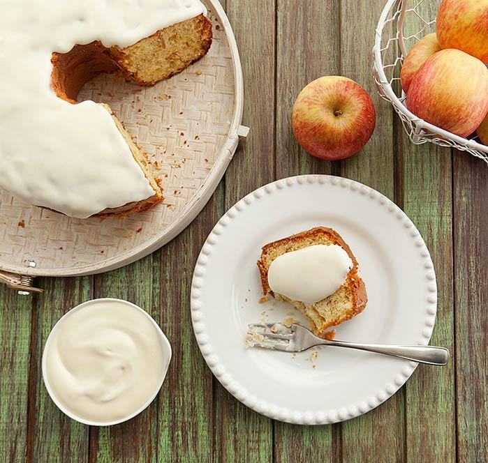bolo maça - Receita de Bolo de Maçã com Cobertura de Queijo Cremoso