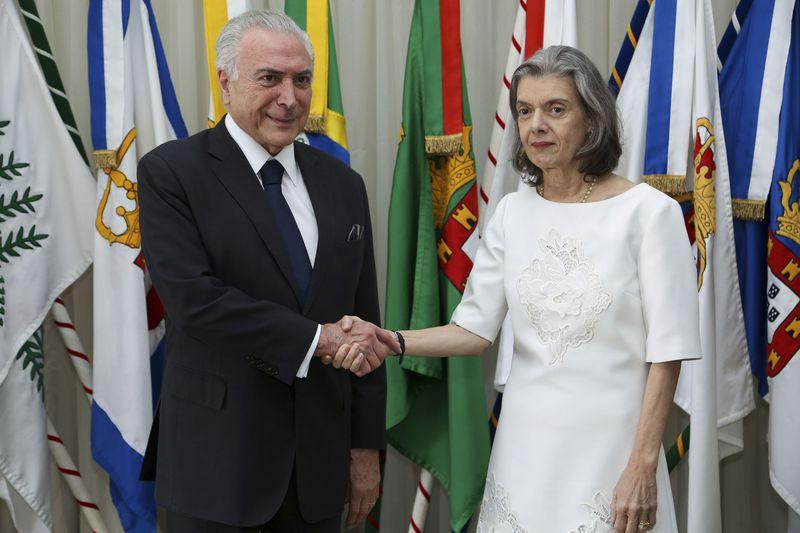 carmen temer - Presidente Temer transmite o cargo à presidente do STF