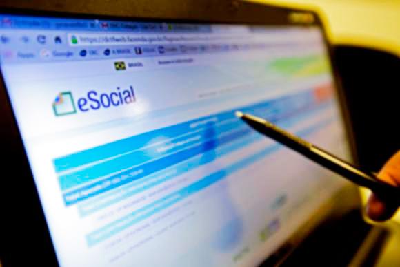 esocial - eSocial registra o ingresso de 1 milhão de empregadores