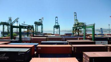 exportações 1 390x220 - Primeiro semestre teve superávit de US$ 27,13 bilhões