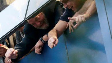 foto lula 390x220 - Advogados negociam para que Lula seja preso neste sábado