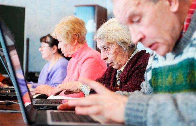 idinter - UFSCar: Pesquisador inglês palestra sobre mídia digital como ferramenta terapêutica para idosos