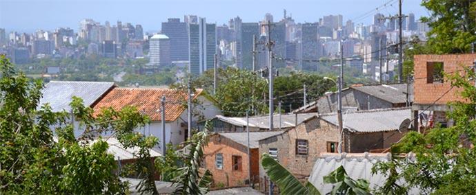 renda - 10% da população concentra quase metade da renda do país