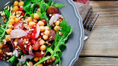 salada 390x220 - Dieta x Reeducação Alimentar