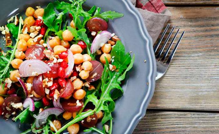 salada - Dieta x Reeducação Alimentar