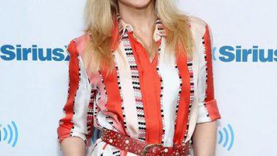 vestido spring summer 18 pucci 1 web  390x220 - Kylie Minogue veste EMILIO PUCCI