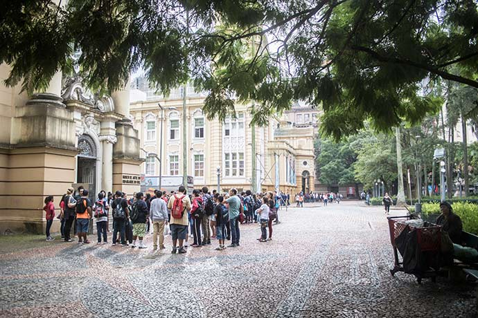 11ª Bienal do Mercosul - Atividades paralelas da 11ª Bienal do Mercosul continuam em Porto Alegre