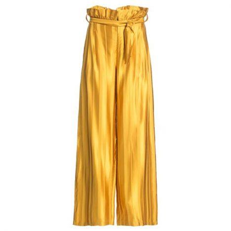 335730 782670 alaphia 3274 st32006 web  468x468 - Alaphia aposta em metalizados para os looks mais fashions da estação