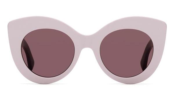Diane Krueger usa óculos Fendi em Cannes   Revista News 929a3c4a10