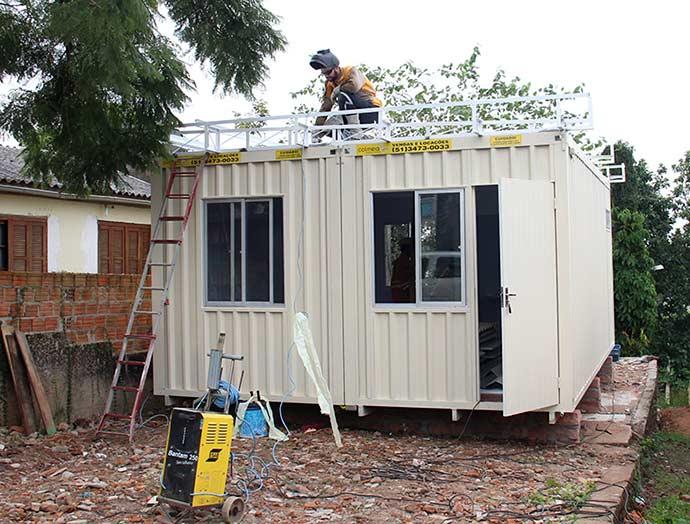 CasaConteiner abre - Esteio testa casa-contêiner como alternativa a kit moradia de madeira