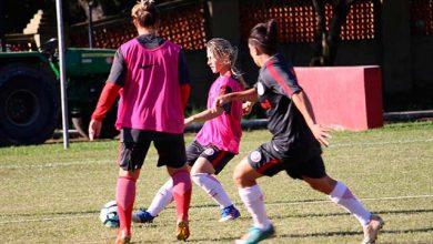 Gurias Coloradas em treino 2 390x220 - Gurias Coloradas buscam classificação no Beira-Rio