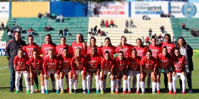 Gurias Coloradas goleiam o Grêmio em Gravataí 1 - Feminino: Gurias Coloradas goleiam o Grêmio em Gravataí