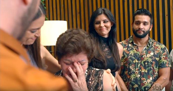 """Halime Jonas e mãe 02 - """"Fábrica de Casamentos"""" homenageia mãe de noiva que faleceu"""