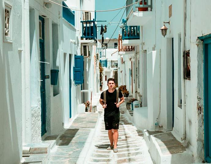 Juan 4 - Verão europeu: dicas para curtir o melhor de Mykonos