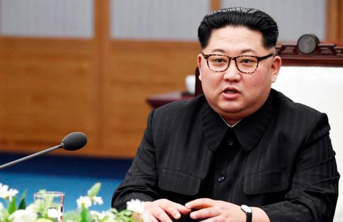 Kim Jong un - Kim Jong-un elogia política de Putin frente aos EUA
