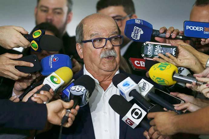 Presidente da Abcam José da Fonseca Lopes fala à imprensa - Caminhoneiros não chegam a acordo com governo