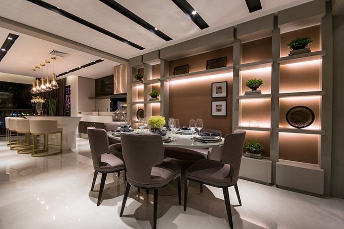 apto - Ambientes integrados e decoração clássica no Alphaville