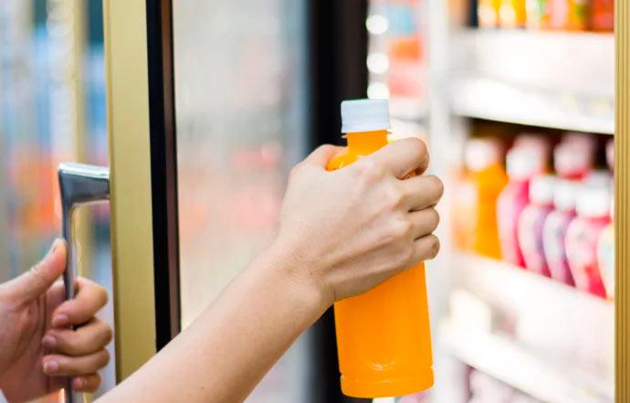 bebida gelada - É permitido cobrar preço diferenciado por bebidas geladas?