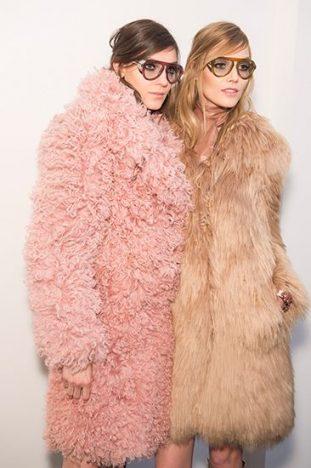 cd71e68abcf15d6451917e74b2f54716 311x468 - Tendências Pinterest - casaco de pelúcia para se aquecer no inverno