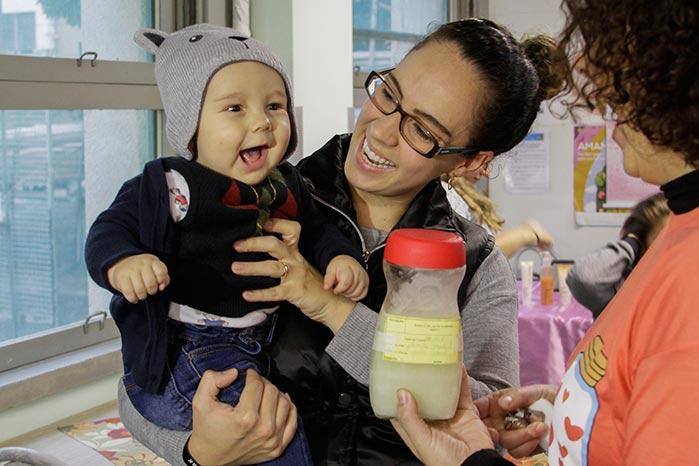 doação leite materno - Hospital de Porto Alegre celebra o Dia Mundial de Doação de Leite Humano
