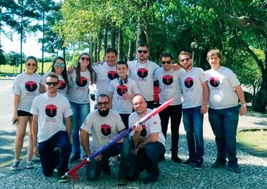 equipe Gincarvi Jr. - Equipe de Foguetes da UCS destaca-se no V Festival Brasileiro de Minifoguetes