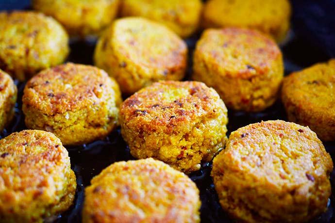 falafel - Falafel assado com molho de tahine