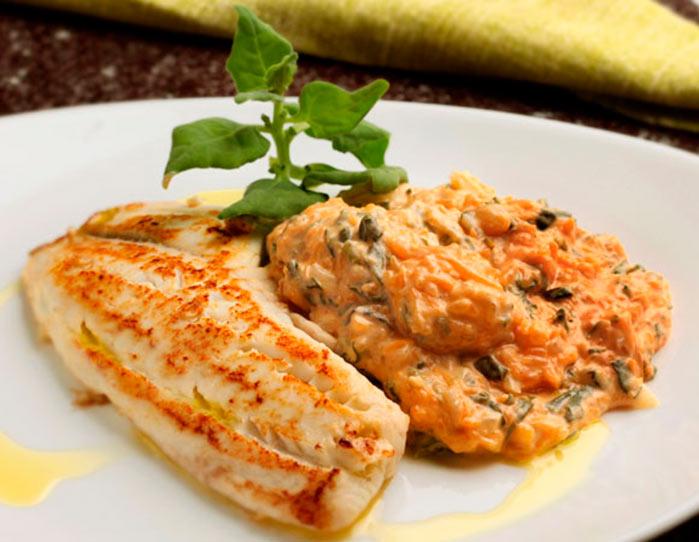 file de peixe creme de abobora e espinafre interna - Filé de peixe com creme de abóbora e espinafre