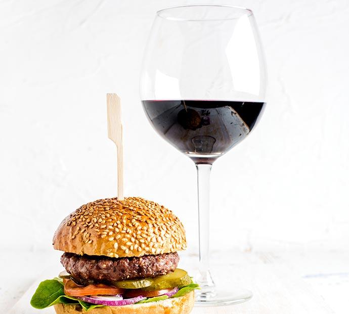 harmonizar vinhos com hambúrguer - Dicas para harmonizar vinhos com hambúrguer