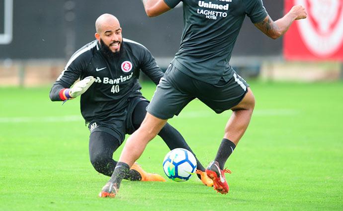 inter1 - Odair Hellmann esboça time para duelo com o Flamengo