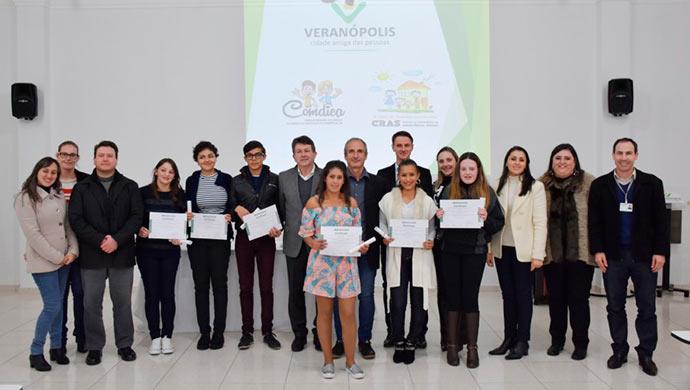 jovens realizam qualificacao 10868 - Jovens realizam qualificação em Veranópolis