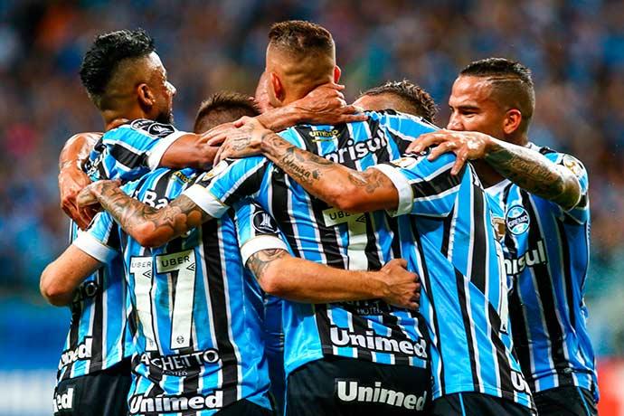 lg noticias gra mio faz cinco goleia o cerro portea o e assume a liderana a do grupo 1 21061 - Grêmio goleia o Cerro Porteño e assume a liderança do Grupo 1