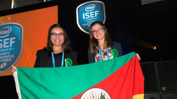 liberato - Alunos da Fundação Liberato ganham prêmio em maior feira de ciência do mundo