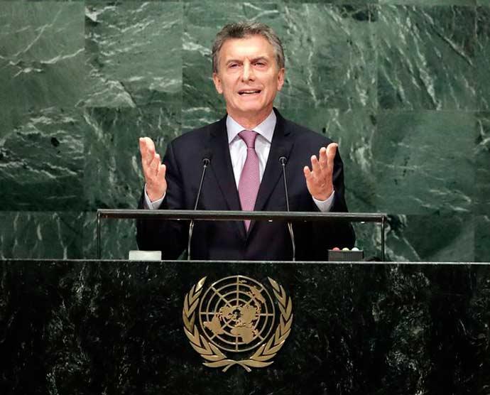 macri - Argentina congela por 60 dias preços de combustíveis