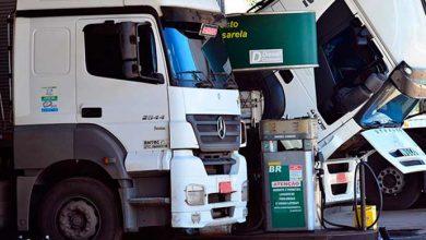 posto caminhao 390x220 - Sai edição extra do Diário Oficial com MPs dos caminhoneiros