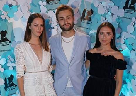 340381 802528 image008 web  - Tiffany & Co. celebra lançamento da coleção Paper Flowers em Londres