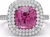 340489 802974 tiffany solesteA R  ring in platinum with a rubellite and diamonds  9 500 web  - Janelle Monáe completa look com joias Tiffany & Co. para o BET Awards 2018