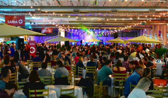 Evento ocorre me julho na Fenac - Fenac Festival Beer & Food acontece em julho