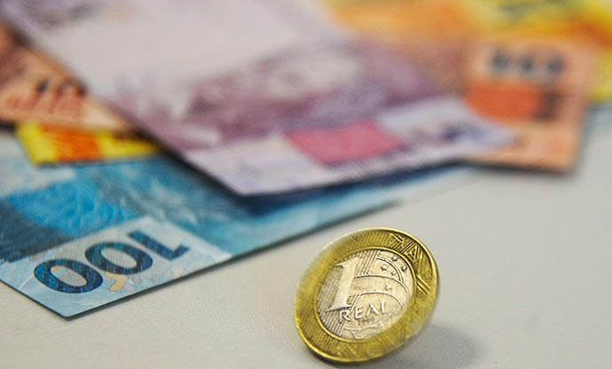 dinhe - Tesouro usou R$ 20 bilhões de colchão da dívida para acalmar mercado