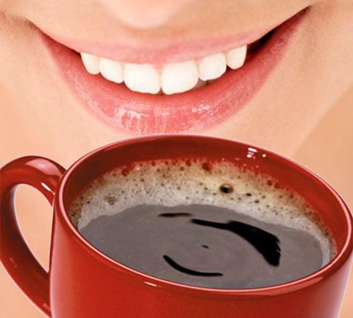sorriso - O café escurece os dentes?