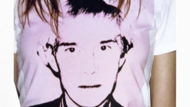 341421 806464 fa18 ckj w aw sp ss crewneck tee pink r 179 00 web  390x220 - Calvin Klein Jeans apresenta coleção cápsula Andy Warhol