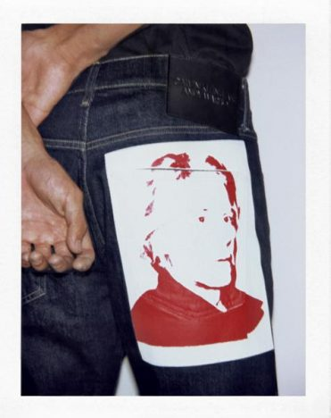 341421 806471 fa18 ckj m aw sp ckj 056 jeans blue r 550 00 web  371x468 - Calvin Klein Jeans apresenta coleção cápsula Andy Warhol