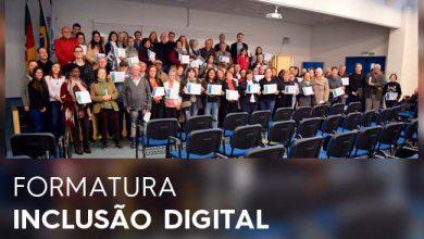 FORMATURA INCLUSÃO DIGITAL 390x220 - Diretoria de Inclusão Digital forma 155 alunos em Novo Hamburgo