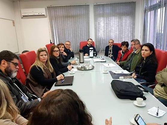 OAB SL - OAB São Leopoldo integra comitiva que se reúne com chefe de polícia