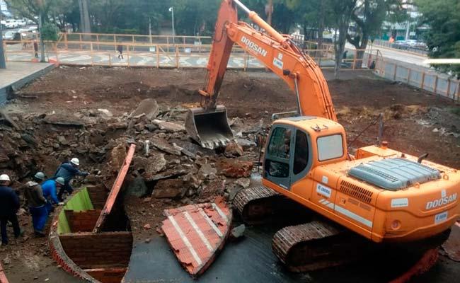 Obras de revitalização no Centro chegam à Praça do Imigrante - Obras de revitalização no Centro chegam à Praça do Imigrante