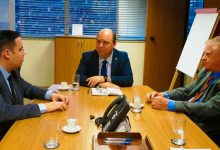 Reunião em Brasília entre o diretor geral da Comusa Marcio Lüders 220x150 - Comusa assegura investimentos de R$ 100 milhões para o tratamento de esgoto