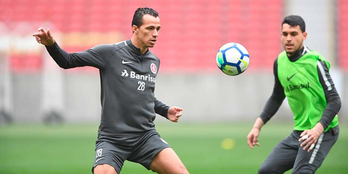 Treino do Inter 12 - Treino fechado encerra preparação do Inter para duelo com Botafogo
