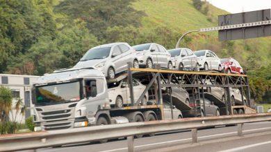 caminhoes 390x220 - Greve dos caminhoneiros leva indústria a ter a maior queda desde 2008