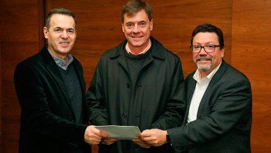 marcopolo parceriarandon 390x220 - Marcopolo firma parceria tecnológica com a Randon